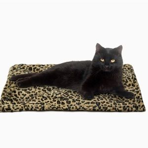 Self Warming Leopard Bed Cats Dogs Pets
